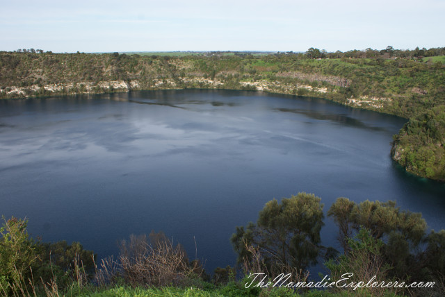 Australia, South Australia, Limestone Coast, Mt Gambier - Голубое озеро, озеро Valley, Centenary Tower (Mt Gambier - Blue Lake, Lake Valley, Centenary Tower), ,
