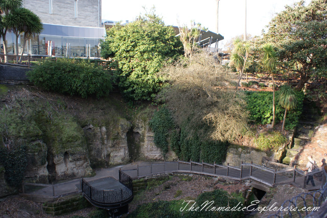 "Australia, South Australia, Limestone Coast, Полдня в Mt Gambier - ""The Lady Nelson"" Visitor&Discovery Centre, Umpherston Sinkhole, Cave Garden, ,"
