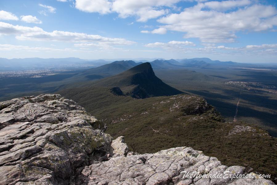 Australia, Victoria, Grampians, Southern Grampians: Подъем на Mount Abrupt (Mud-Dadjug), ,