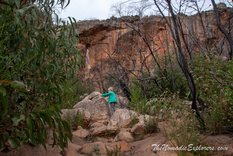 Australia, Victoria, Grampians, Northern Grampians: Подъем на Hollow Mountain, ,