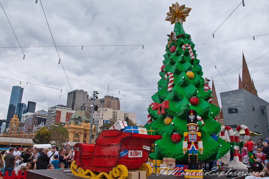christmas decorations in melbourne day walk