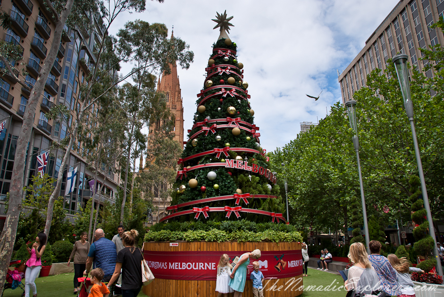 Australia, Victoria, Melbourne, Christmas Decorations In Melbourne - Day Walk, ,