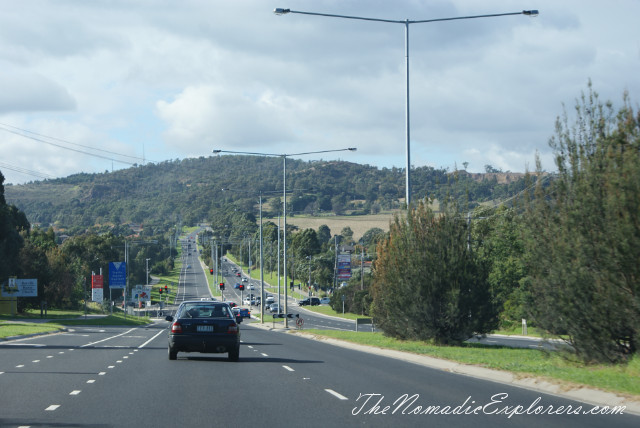 how to get to mount macedon from melbourne